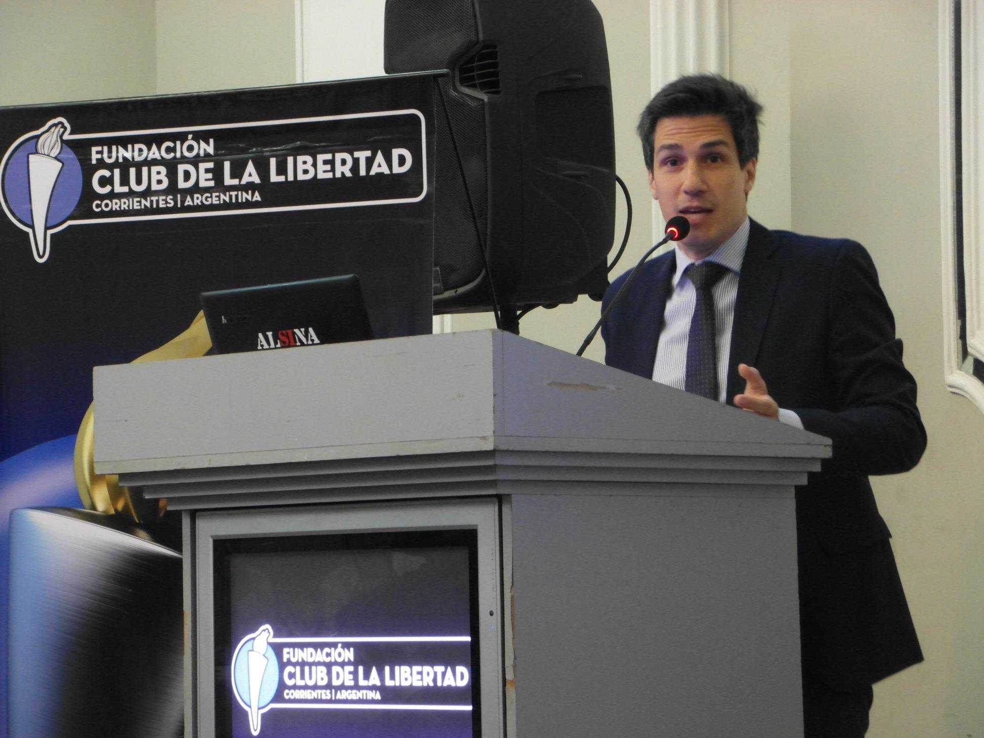 En Corrientes, invitado por la Fundación Club de la Libertad